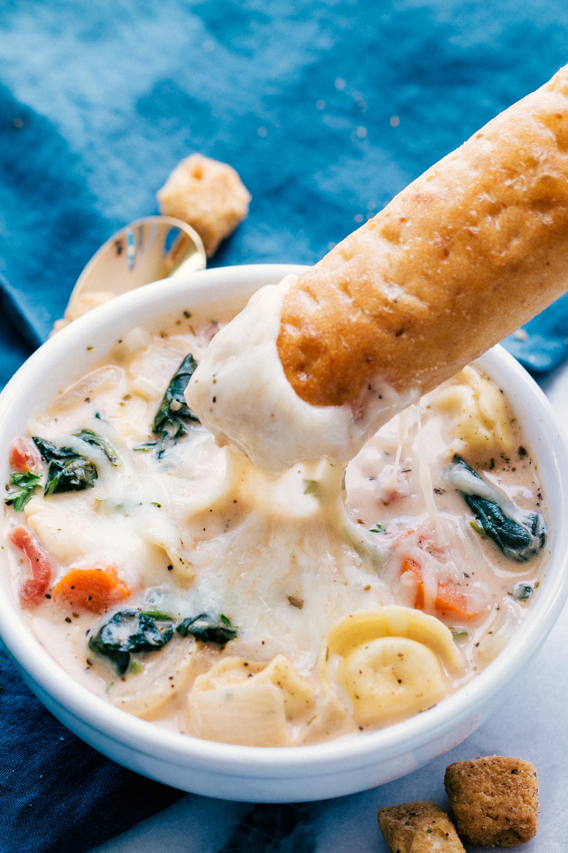 creamy tortellini spinach soup
