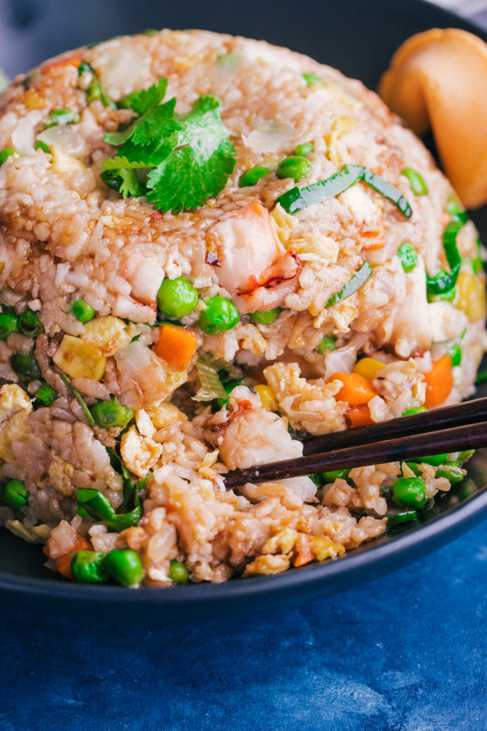 how to make fried rice simple and easy with lobster, egg and veggies by The Food Cafe.